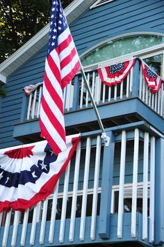 George our Lakeside Cottage all decked out for 4th of July
