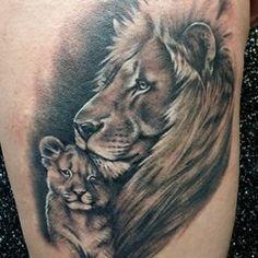 Resultado de imagen de tatuajes de leon y su cachorro