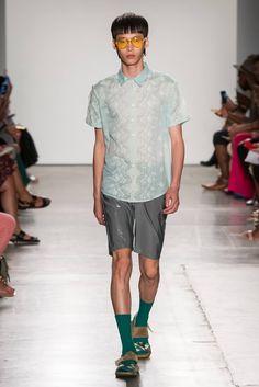 Colorida, metálica y vivaz: la colección Spring-Summer 2017 de Custo Barcelona se presenta en la semana de la moda de Nueva York haciend...
