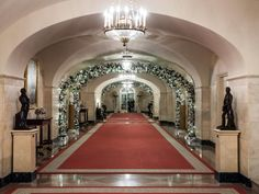 Step inside the White House as HGTV and host Genevieve Gorder take you on an insider's holiday tour at 1600 Pennsylvania Avenue. Here are 99 photos of the Christmas decorations and holiday prep inside some of the most famous rooms at America's first home.
