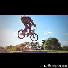 """to @einarlindberg who rides the final round of """"Racing under the roof"""" in Manchester today! #ncc #nationalcyclingcentre #bmxracing #bmx #bmxlife #racing #racingundertheroof #manchesterbmx #bmxrace @prophecybmx"""