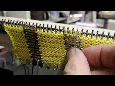 Stricken auf der Strickmaschine : Weben auf der Maschine um Mehrfarbige senkrechte Steifen zu bilden - YouTube Brother Knitting Machine, Knitting Videos, Sewing Patterns, Crochet, Blog, Youtube, Knitting Machine, Manualidades, Knitting