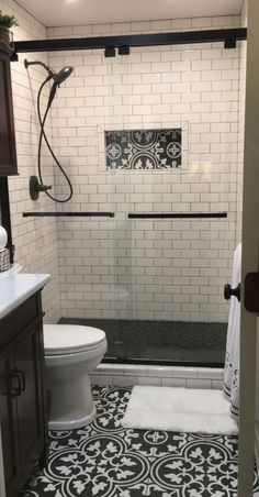 Here you'll find master bathroom styleation on a budget, recommendations for small master bathrooms, guest bathroom design a few ideas and diy bathroom decoration Bathroom BathroomRemodel Diy Bathroom, Bathroom Trends, Bathroom Renovations, Bathroom Ideas, Bathroom Organization, Bathroom Makeovers, Remodel Bathroom, Bathroom Cabinets, Simple Bathroom