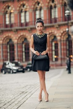 Wendy's - Greetings from London :: Little Black Dress