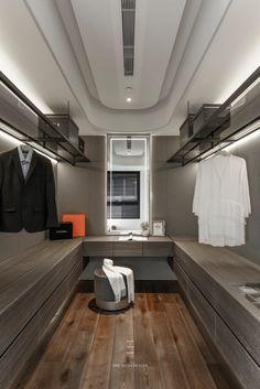 Walk In Closet Design, Closet Designs, Closet Vanity, Luxury Closet, Walk In Wardrobe, Closet Organization, Dressing Room, Interior Inspiration, Interior Design