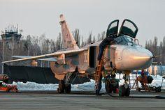 Su-24M Su 24 Fencer, Sukhoi Su 24, Russian Military Aircraft, Bomber Plane, Air Force Aircraft, Russian Air Force, Spacecraft, Military History, Airplane