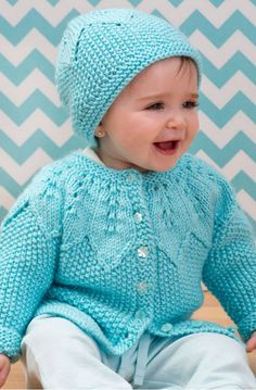 Baby Cardigan and Hat Pattern Baby Knitting Patterns, Baby Cardigan Knitting Pattern Free, Baby Hat Patterns, Knitting For Kids, Lace Knitting, Crochet Cardigan, Crochet Patterns, Stitch Patterns, Knitting Needles