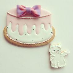 big cake decorated Cookies // Kikko