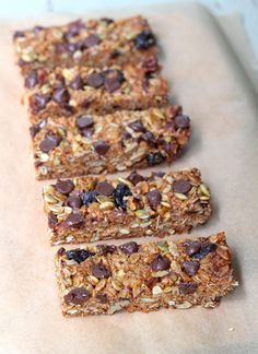 Homemade granola bars are a great after-school snack!