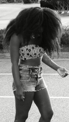 #africanfashion #africanwax #africanfashionweek #naija #lib #naija #bellanaija #lindaikejj #africanwomen #africanwomenwithstyle #sexyafrican #shop #africanwomenkillingit #africanstyle #africangirls #africangirlswithstyle #blog #fashionblog #fashionbloggers #africanankara #africanfashionbloggers #sexyafricans #celebrity #celebritystyle #celebrityfashion #africandesigners #fashiondesigners #Africanfashionweek