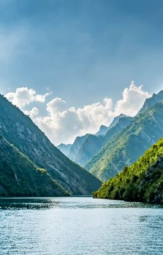 Northern Albania has so much to offer in terms of natural beauty. Getting to Lake Komani is an adventure, but its beauty is overwhelming!