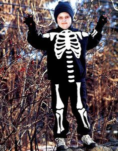 skeleton halloween costume tutorial. This may be a good (easy) idea for as he gets older...