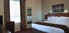 Jurys Inn Liverpool, Liverpool. 12 minutes away from  The Venue, with exclusive discounts for our clients.