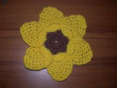pretty pineapple black-eyed susan trivet free crochet pattern