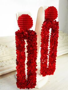 Red flower statement earrings are a perfect accessory for everyday style. Bead Earrings, Statement Earrings, Bridal Jewelry, Beaded Jewelry, Earrings Handmade, Handmade Jewelry, Great Gifts For Girlfriend, Retro Mode, Recycled Jewelry