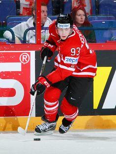 Ryan Nugent-Hopkins representing Canada at the 2012 World Hockey Championship Sheffield Steelers, Northern Girls, Hockey, Basketball, Sports Games, Nhl, Athletes, Canada, Football