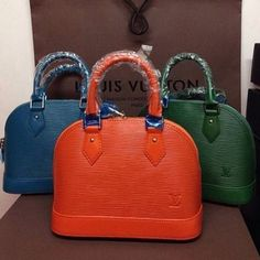 Louis Vuitton Handbags 2015 New Collection Big Discount From Here It Is Best Choice As A Friend Gift.