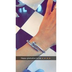 Tendance Bracelets  Pin for Later: Kylie and Kendall Had the Most Fashion-Filled Grad Party Ever  Ky
