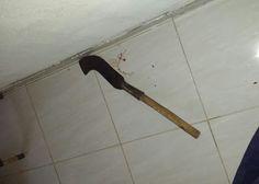 Crime Bárbaro- No início da tarde desta última quinta-feira (13) um homem matou a ex-companheira com golpes de foice e em seguida comete...