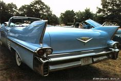 '58 Cadillac Series 62 Convertible. Classic fins.