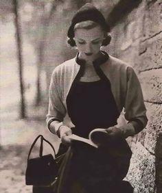 Vogue December 1950 - Diane Arbus