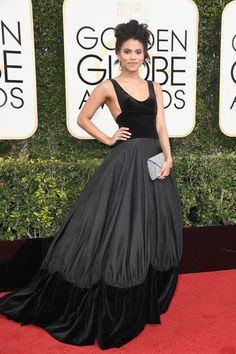 2017 Golden Globes:Pockets, panels, velvet (and a little bit o' sideboob), Zazie Beetz may have just brought Delphine Manivet to your radars, but the French designer has been rocking the bridal world for years. Atlanta, Fashion Slides, Delphine Manivet, Fancy Gowns, Donald Glover, Costume, Golden Globes, Red Carpet Looks, Red Carpet Fashion