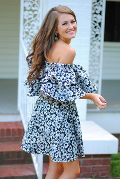 Gorgeous ruffle dress in daisy print