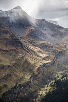 The Valley (Swiss Alps), Michael de Battista Beautiful World, Beautiful Places, Landscape Photography, Nature Photography, Magic Places, All Nature, Belle Photo, Beautiful Landscapes, The Great Outdoors