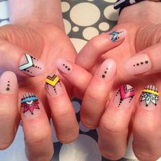 Having short nails is extremely practical. The problem is so many nail art and manicure designs that you'll find online Henna Nail Art, Henna Nails, Minimalist Nails, Funky Nails, Trendy Nails, Negative Space Nails, Mandala Nails, Nails Today, Tribal Nails