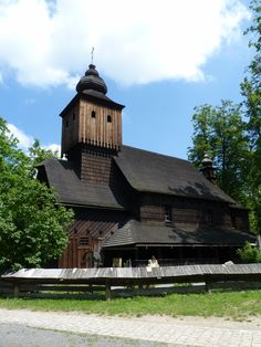 Rožnov pod Radhoštěm Prague, Homeland, Czech Republic, Beautiful Places, Country, House Styles, Travel, Outdoor, Bohemia