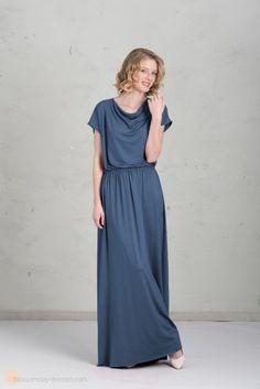 01ad3d9729399e long bridesmaid dress in blue ♥ Langes Brautjungfernkleid in blau Lila  Kleid