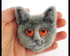Cats on DaWanda Felt Brooches – British cat – a unique product by DoraHand on DaWanda