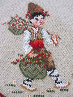 Folk Embroidery, Vintage Embroidery, Embroidery Patterns, Cross Stitch Patterns, Cross Love, Cross Stitch Rose, Cross Stitching, Free Design, Needlework