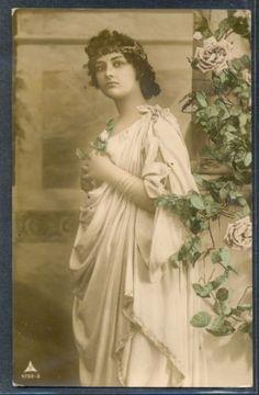 QC019-GREEK-Style-LADY-HEAD-Ornaments-Tinted-PHOTO-pc-1909