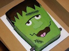 Our school held a cake decorating contest last Friday, and I've recently become obsessed with Frankenstein around this time of year. Bolo Halloween, Postres Halloween, Halloween Birthday Cakes, Birthday Sheet Cakes, Halloween Baking, Halloween Desserts, Halloween Treats, Happy Halloween, Halloween Party