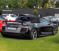 #1of333 - Where are the fans of Audi R8 GT Spyder? Only 333 were sold worldwide Still looks like a winner -- #Audi #R8Spyder in #Sweden pic @everydayracing ---- oooo #audidriven - what else ---- #AudiR8 #R8GT #R8GTSpyder #R8 #Spyder #quattro #4rings #AudiSport #drivenbyvorsprung #audirsperformance #carsbyaudisport #R8color #blackR8 #blackR8spyder #audisweden