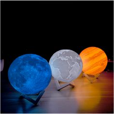 Moon Globe Night Light – Bedside Table Lamps-Art - All For Lamp İdeas Print Moon, Layers Of Atmosphere, Lampe Led Rechargeable, Planet Lamp, Moon Globe, Globe Lamps, 3d Light, Impression 3d, Bedside Table Lamps