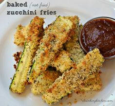 Baked (Not Fried) Zucchini Fries from shrinkingkitchen.com #healthy #recipe #zucchini #fries #baked