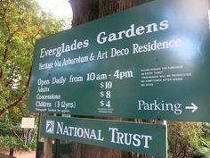 An autumn afternoon at Everglades Gardens, Leura