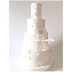 Wedding Cake  #engagedcake #engagementcake #nisanpastasi #nisan #sozpastasi #sugarpeony #caketopper #butikpasta #sekerhamuru #nisanmasasi #organizasyon #candyfirinim #rosegoldcake #lustercake #peonycake #dugunpastasi #weddingcake #fondantcake #sugarart