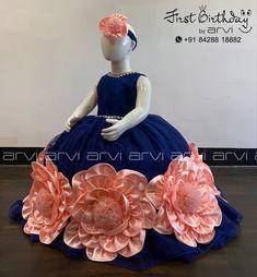 Baby Girl Frocks, Kids Frocks, Frocks For Girls, Little Girl Dresses, Girls Dresses, Baby Dress Design, Frock Design, Baby Girl Birthday Dress, Birthday Dresses