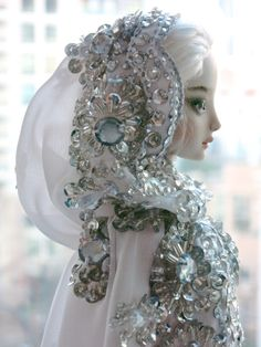 Daphne - Enchanted Doll | Marina Bychkova: would love to try some of this level of beadwork with the Tonner american model