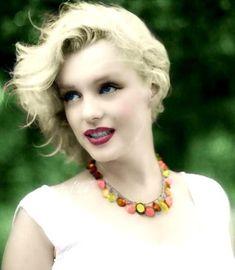 431 - [i][b]Si al final esta vida es un sueño, solo se que a tu lado me quiero despertar, amanecer una vez mas... [/b][/i] [i]Marilyn y la naturaleza~~[/i] - Fotolog