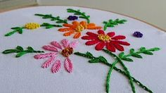 Hand Embroidery: Making flowers with Fishbone stitch Christmas Embroidery Patterns, Embroidery Flowers Pattern, Embroidery Patterns Free, Hand Embroidery Stitches, Hand Embroidery Designs, Embroidery Techniques, Embroidery Applique, Cross Stitch Embroidery, Pinterest Crochet
