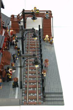 Lego Christmas Village, Lego Winter Village, Lego Village, Gare Lego, Lego Train Station, Lego Pirate Ship, Lego Wheels, Lego Activities, Lego Trains