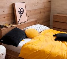 black and yellow bedding