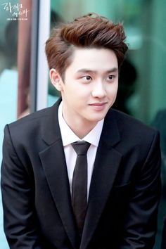 Kyungsoo soo squishy and fluppy and yummy