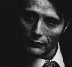 1k my graphics 500 hannibal hannibal lecter what is your face mads mikkelsen 500px hannibaledit you can see his little eyebrow scar