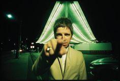 +++Noel Gallagher's High Flying Birds - Holy Mountain+++ Noel, Paul, Ricky: trova l'intruso. http://hvsr.net/tracks/noel-gallagher-rsquo-s-high-flying-birds/holy-mountain/20171014-1872275