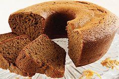 Bolo de gengibre é lanche saudável e delicioso  Fica bom com cobertura de chocolate com raspas de gengibre